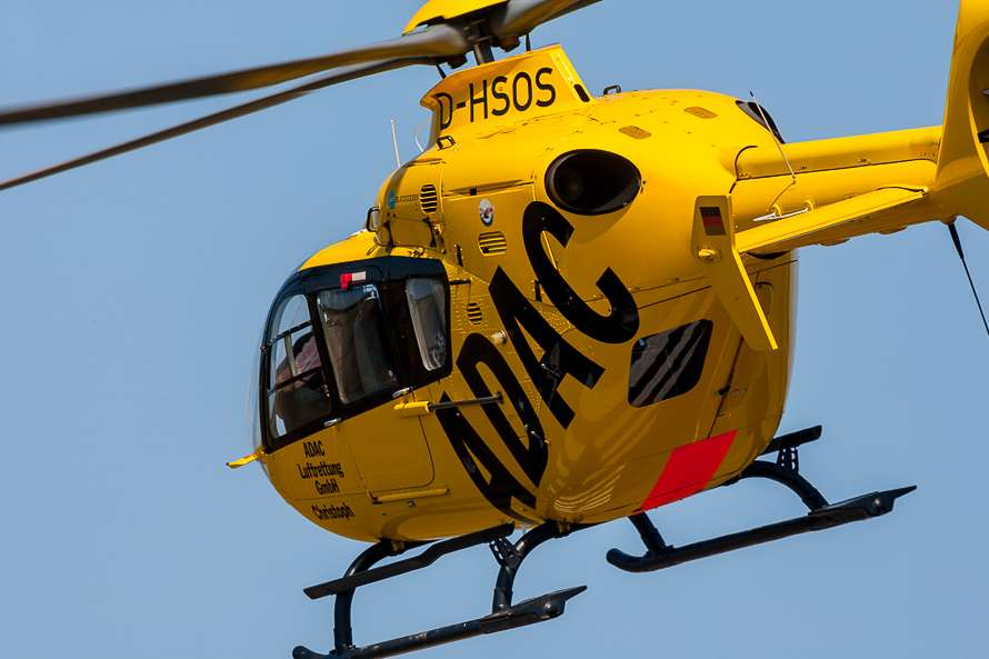 ADAC Hubschrauber im Einsatzflug