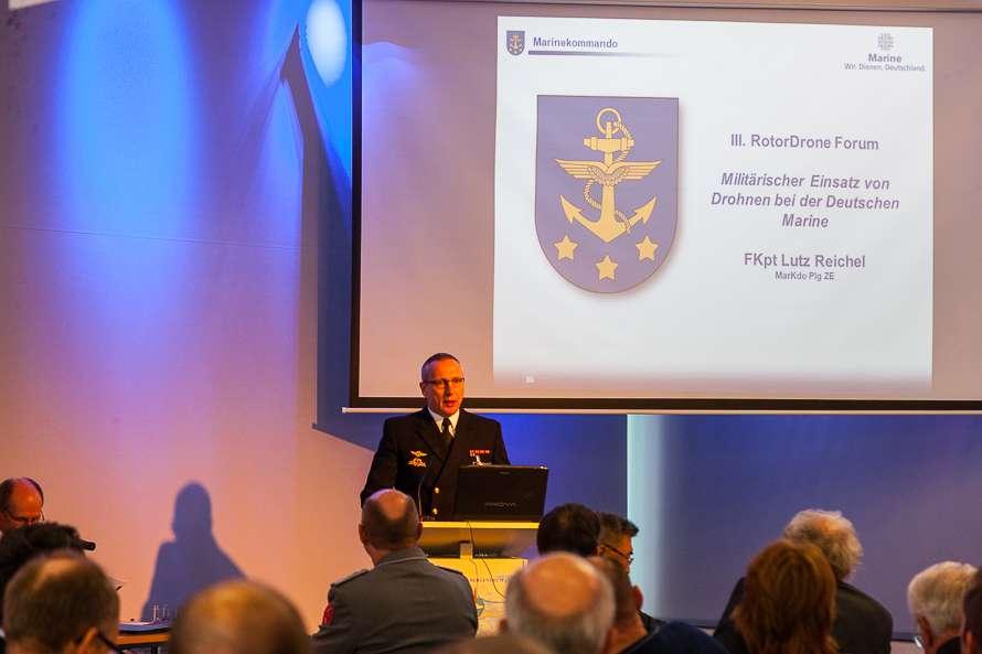 Fregattenkapitän Lutz Reichel Marinekommando III. RotorDrone Forum Bückeburg