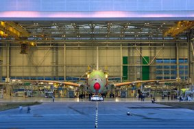 erster-airbus_A380_in_endmontage-toulouse-3 (jpg)