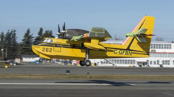 "Viking CL-415EAF ""Enhanced Aerial Firefighter"" beim Erstflug in Abbotsford."